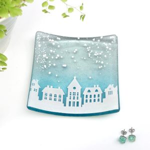 Winter Houses Square Dish